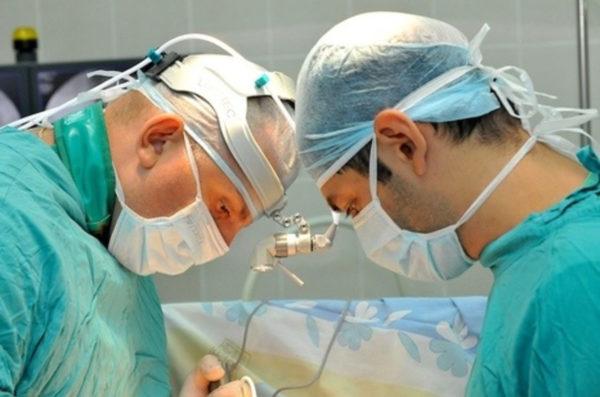 Хирургическое вмешательство.
